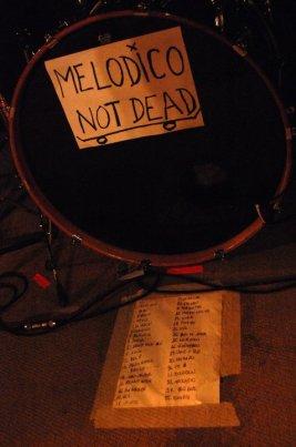 melódico Not dead